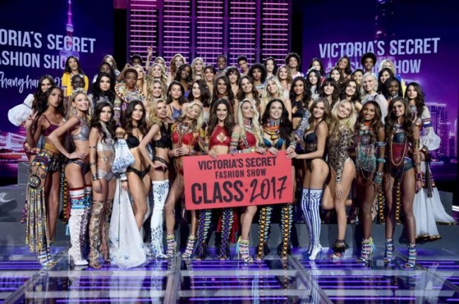 Victoria's Secret Fashion Show в Шанхае
